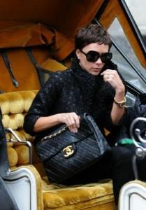 victoria-beckham-chanel-handbag
