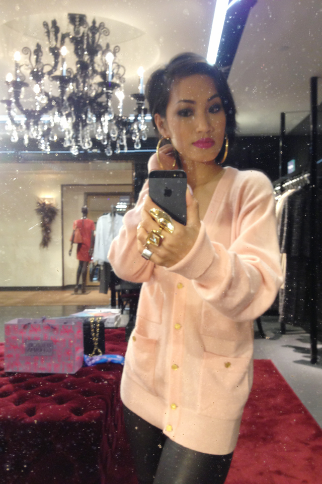 Nini Style Vintage Chanel Pink Cashmere Sweater