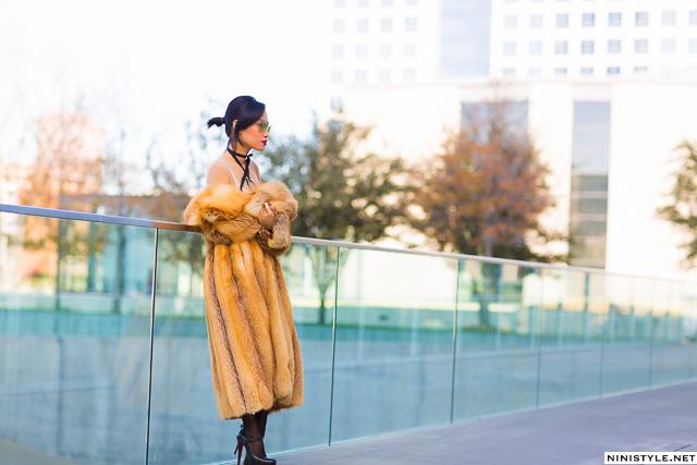 Nini Nguyen red fox fur coat1