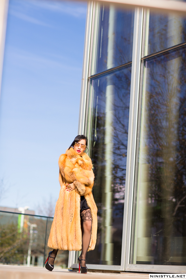 Nini Nguyen red fox fur coat10