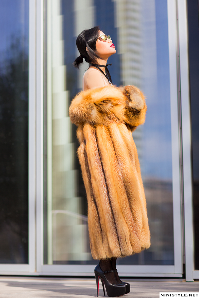 Nini Nguyen red fox fur coat5